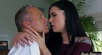 Inked stepdaughter pounded after oral action